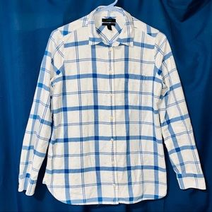 Womens J. Crew Shirt. Size 6. Plaid Flannel.